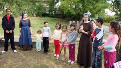 Befogad-lak – Szent Ferenc kisnővérei Arlón