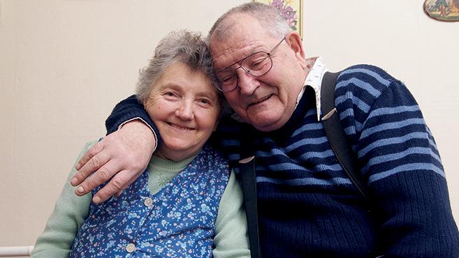ingyenes házas társkereső oldalak uk randevú sims 3 generációban
