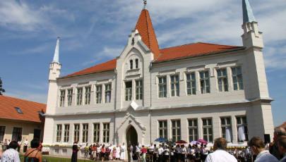 Nagykárolyban megnyílt a Piarista Nővérek új oázisa