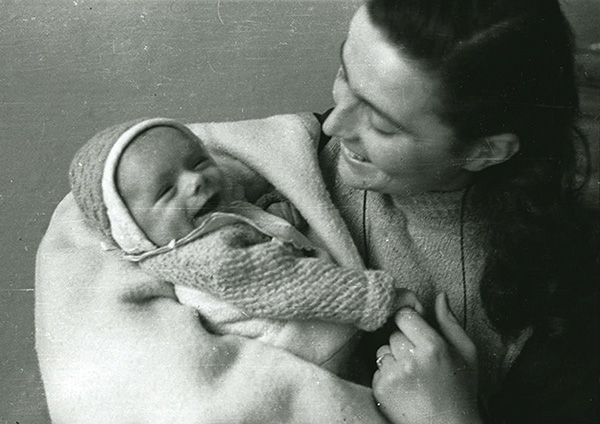 Az első mamák egyike Irene