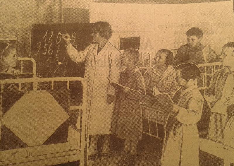 Az Iskola a menhelyi kórházban című cikk illusztrációja