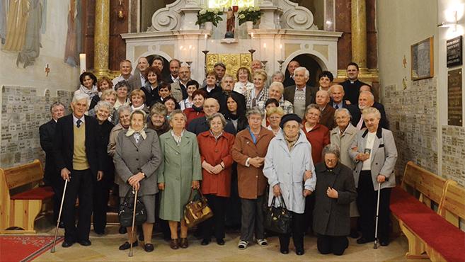 Papok és szüleik találkozója Pécsett