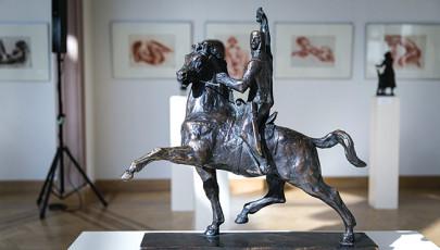 A szobor az eszmét ábrázolja – Száz éve született Somogyi József szobrászművész