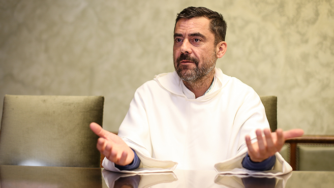 Jelenlét és párbeszéd – Beszélgetés Barna Máté domonkos tartományfőnökkel