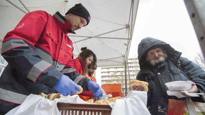 Hajléktalan embereket láttak vendégül