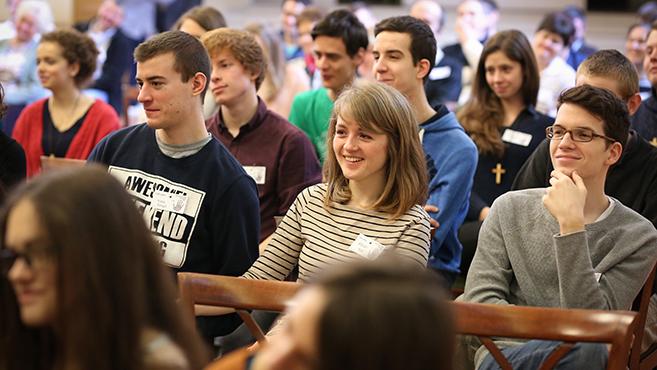 A közösség átformál és éltet – Antióchiás jubileumi lelkinap Pécsen