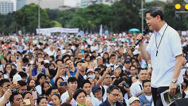 A Fülöp-szigeteken tízezrek tüntettek a halálbüntetés ellen