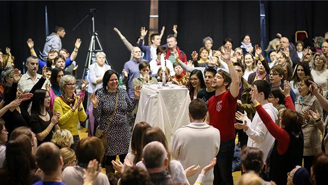 Eucharisztikus szívű közösségben