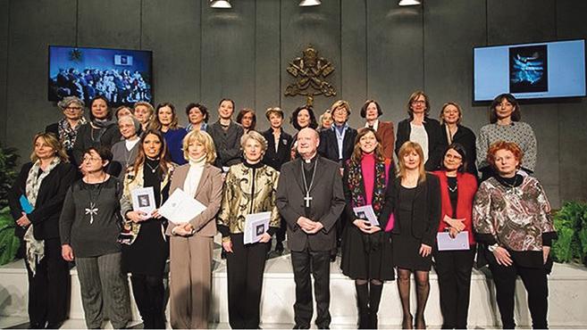 Teret adnak a nőknek a Vatikánban