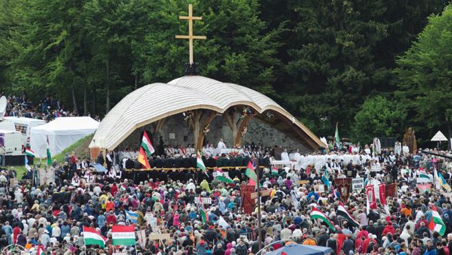 Hivatalosan is meghívták a pápát Csíksomlyóra