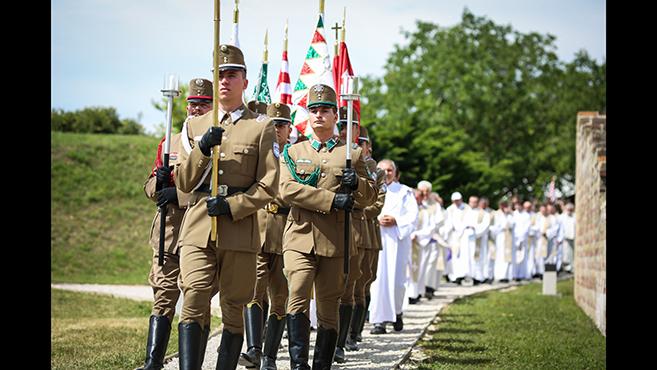Katonai zarándoklat Somogyváron