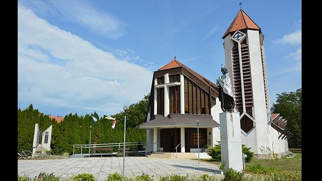 Püspöki szentmisea zalabaksai templom ünnepén