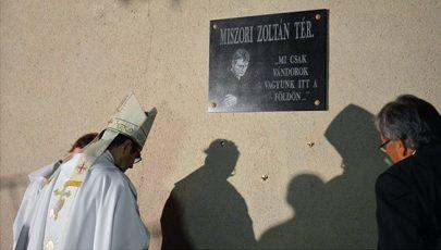 Miszori Zoltán plébánosról teret neveztek el Gencsapátiban