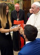Pápai kihallgatáson kérte meg barátnője kezét