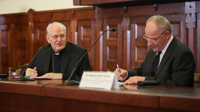 A katolikus–református párbeszéd fórumán