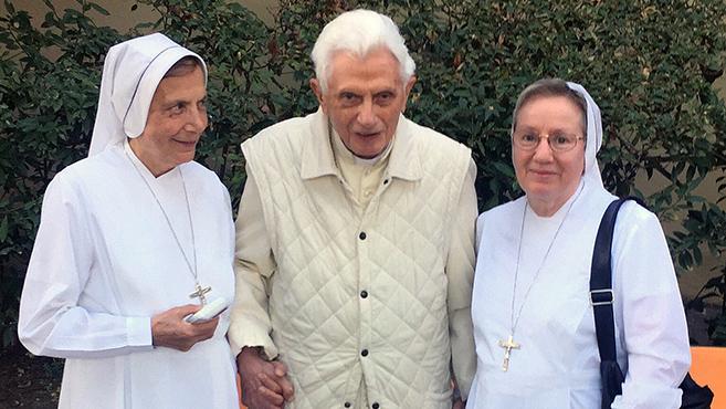 XVI. Benedek pápa jól van