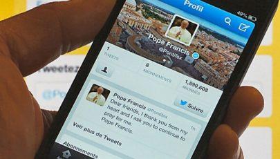 Több mint negyvenmillióan követik Ferenc pápát a Twitteren