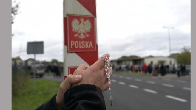Élő imalánc Lengyelország határain