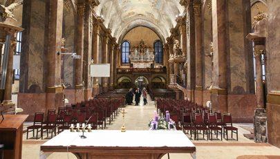 Kitágult a liturgikus tér