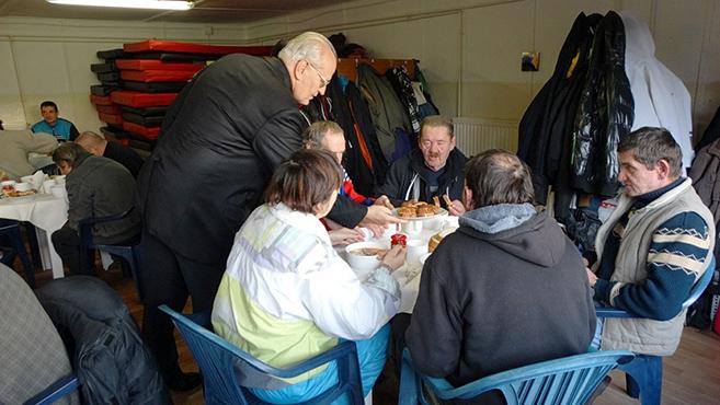 Hajléktalanokat láttak vendégül Esztergomban