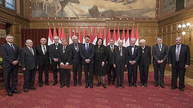 Corvin-lánc kitüntetéseket adtak át a Parlamentben