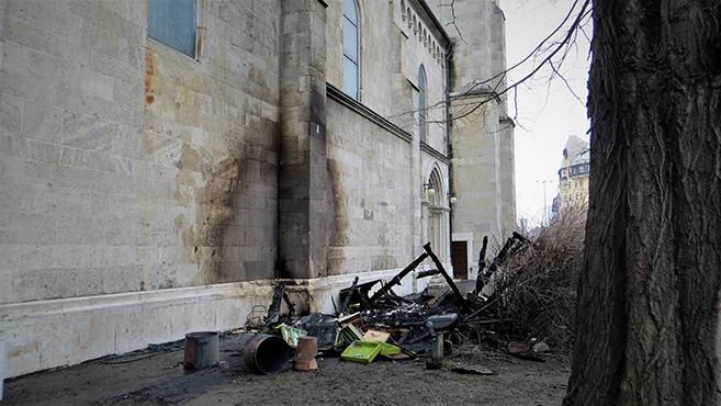 Tűz ütött ki Budapest egyik legnagyobb templomában