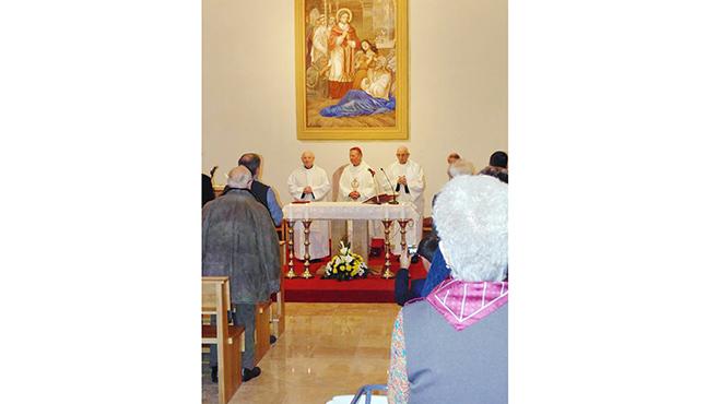 Megáldották Vácott a felújított irgalmasrendi kápolnát