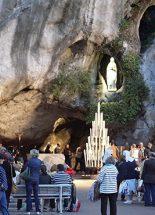 A lourdes-i Szent Szűz 70. csodája