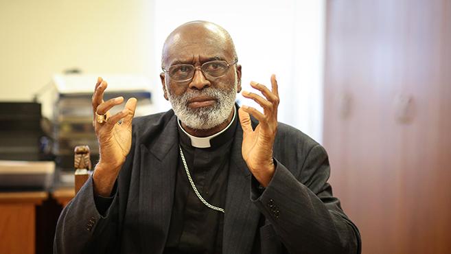 A keresztény gyökerű Európa elárulja a kereszténnyé lett Afrikát!