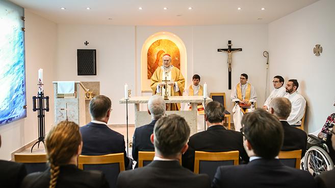 Megáldották az országos rehabilitációs központ kápolnáját