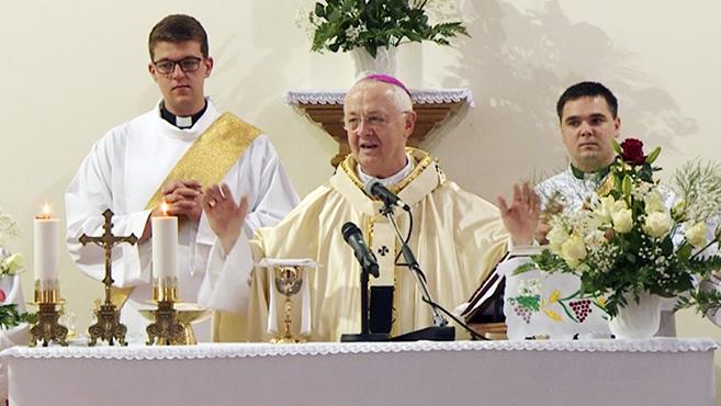 Eucharisztikus ifjúsági találkozó Homrogdon