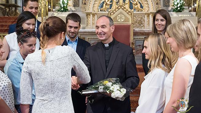 Püspöki áldásban részesültek a végzős gyógyszerészhallgatók