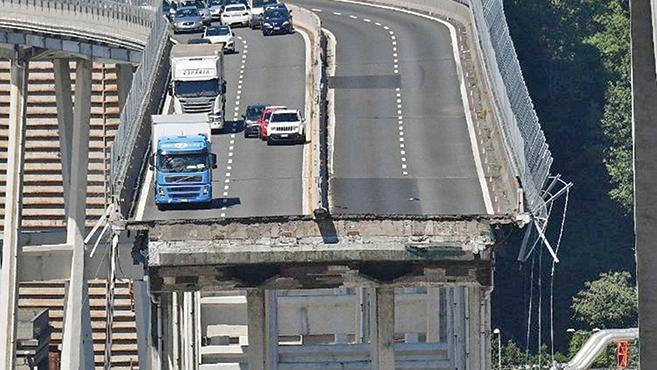 Genovai hídomlás