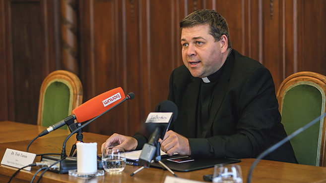 Ülésezett a püspöki konferencia