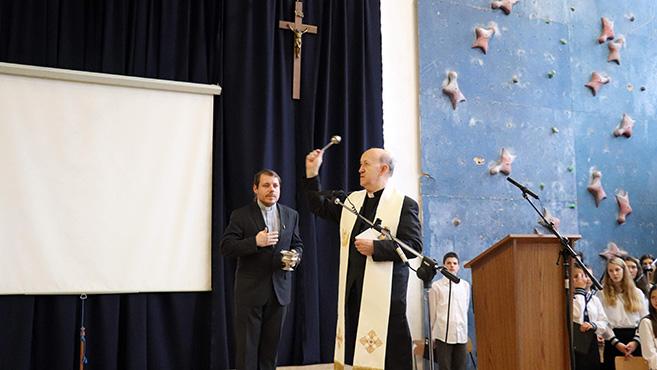 Megáldották a felújított Padányi iskolát Veszprémben