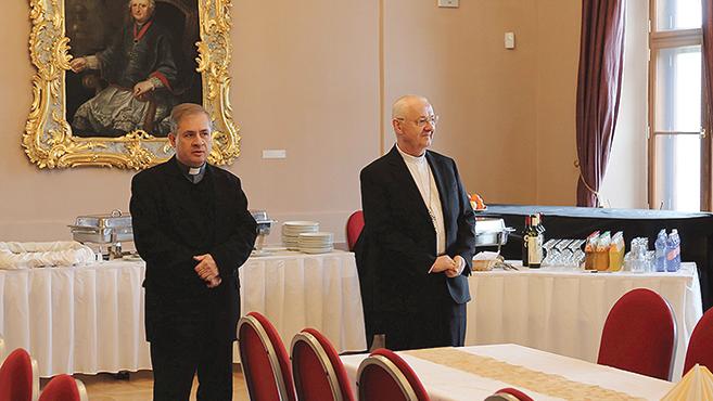 Ternyák Csaba érseknél jártak az egri egyházi újságírók
