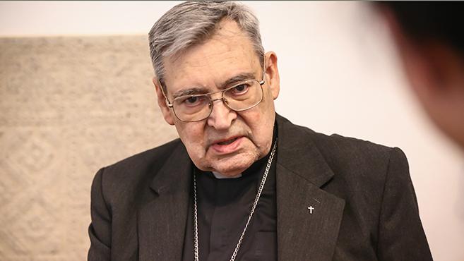 Csak egész életet lehet papságra szánni