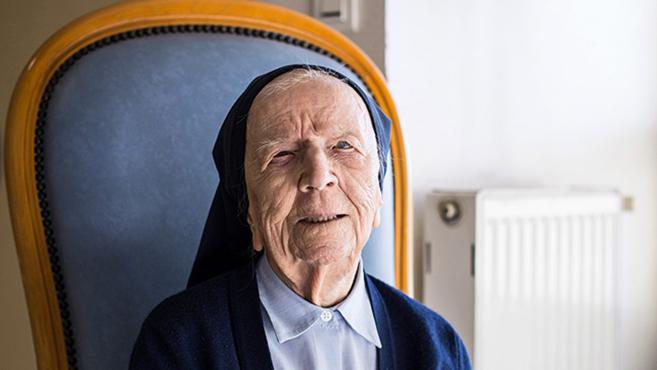 A világ legidősebb szerzetes nővére 115 éves