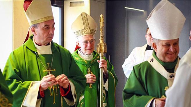 Kalocsára látogatott az apostoli nuncius