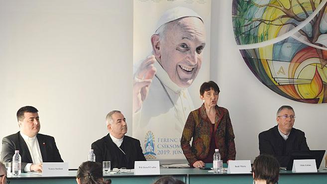 Húsvéthétfőig még lehet regisztrálni a csíksomlyói pápalátogatásra