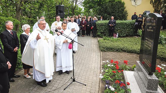 Harsányi Lajos pap költőre emlékeztek