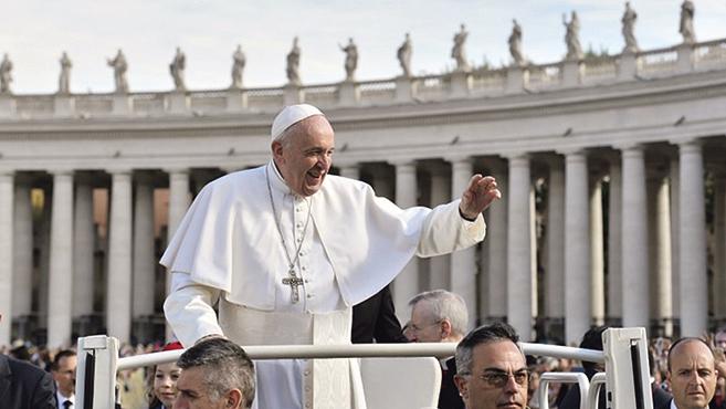Ferenc pápa: Isten nem állít csapdákat, nem szórakozik velünk
