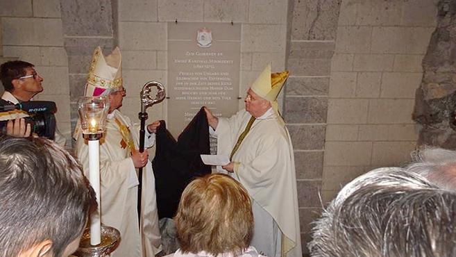 Emléktáblát avattak a kölni dómban Mindszenty bíboros tiszteletére