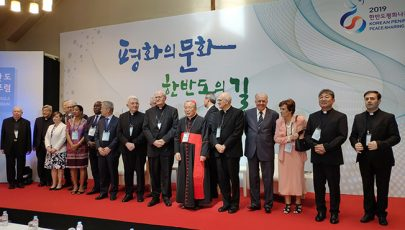 Dél-Koreába látogatott Erdő Péter bíboros