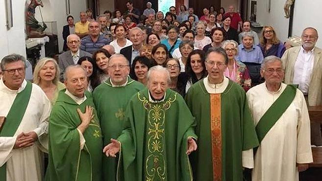 Pio atya lelki gyermeke százéves