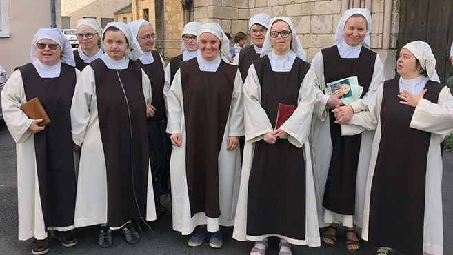 Az öröm forrása a Down-szindrómás nővéreknél