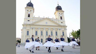 Mint Isten és ember közös tánca